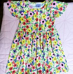 Like new absolutely adorable girls sz small $7